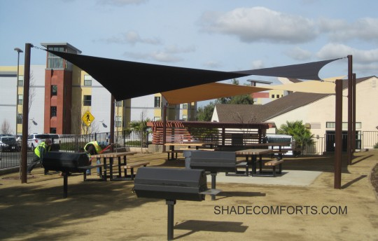 These Shade Sails Are Warped Into Parabolic Curves To Cool The BBQ Patio At  California State Universityu0027s Hayward Campus In Alameda County.